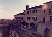 Hotel_house