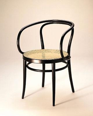 この曲げ木の椅子は トーネット...